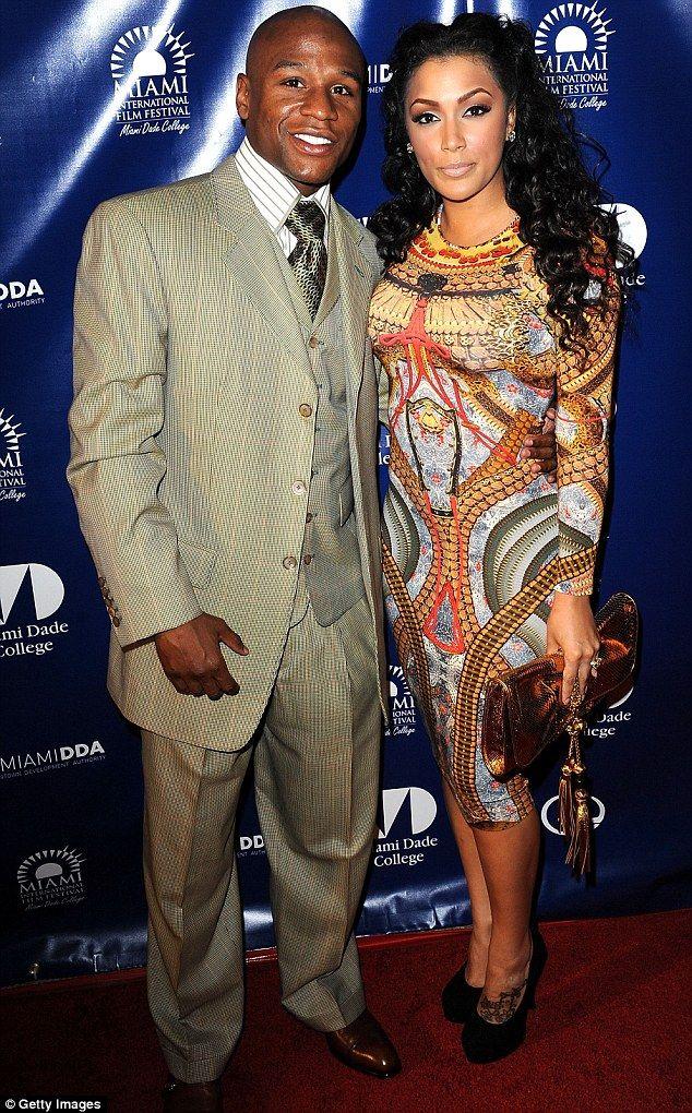 Floyd Mayweather Jr's girlfriend wears same gown as boxer