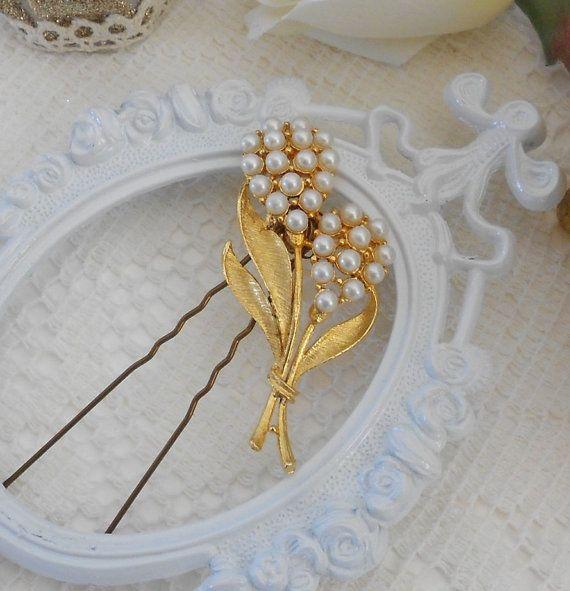 Vintage Pearl Hair Pin, Vinatge Floral Hair Piece, Faux Pearl Hair Slide, Bridal Head Piece, Bridal Hair Piece, Hair Jewelry, Gold Leaf  by LisamariesPiece