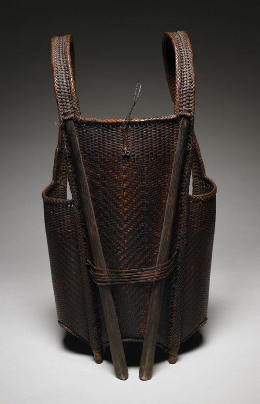 Wicker Basket Backpack : Hunter s backpack from the gie trieng people of laos
