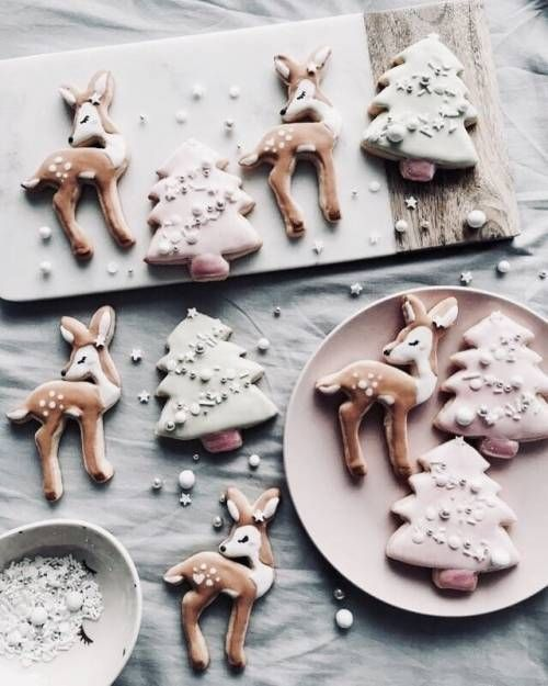 Christmas Cookie Decorating Ideas and Inspiration – Fashion To Follow – snow and red