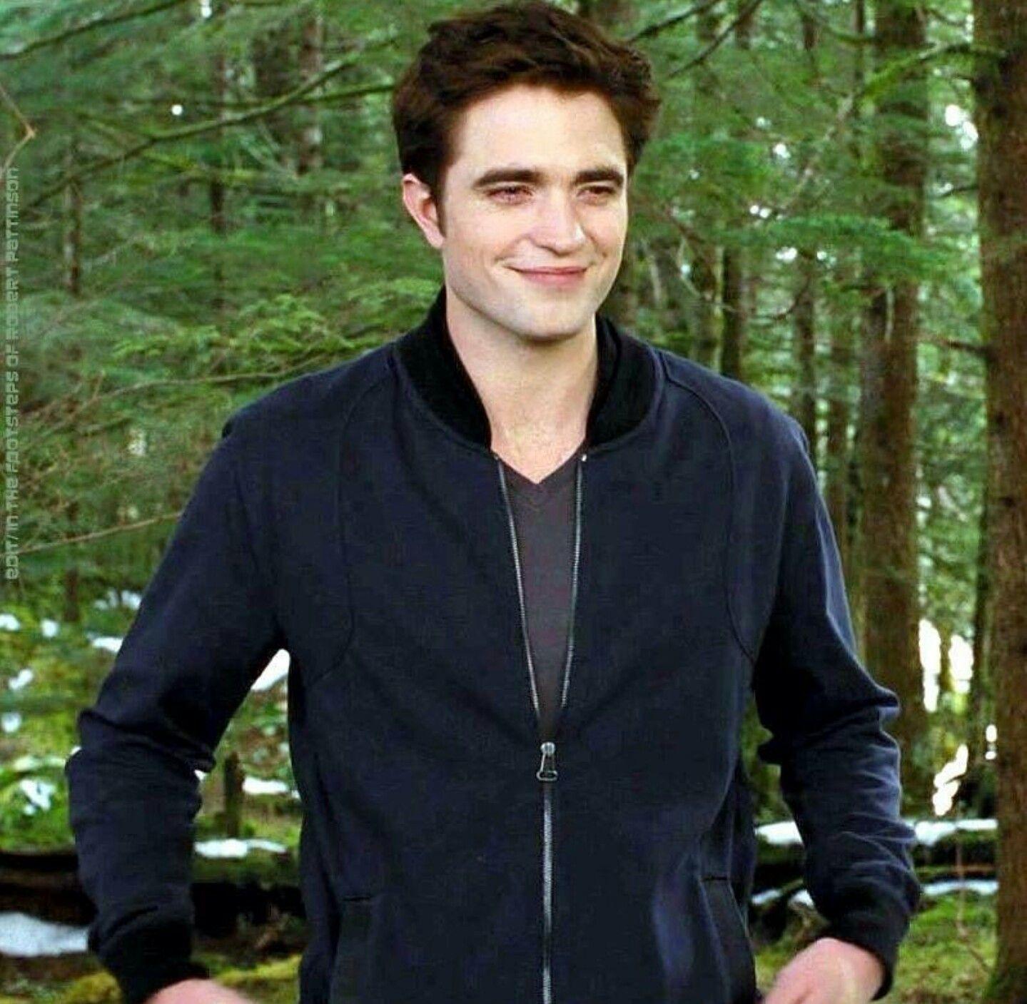 Robert Pattinson dating leven INTJ dating esfp