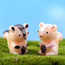 Venta Mini ardilla resina molino de jardín de hadas miniaturas Gnome musgo terrario decoración artesanía Bonsai decoración del hogar para DIY LH2178(China (Mainland))