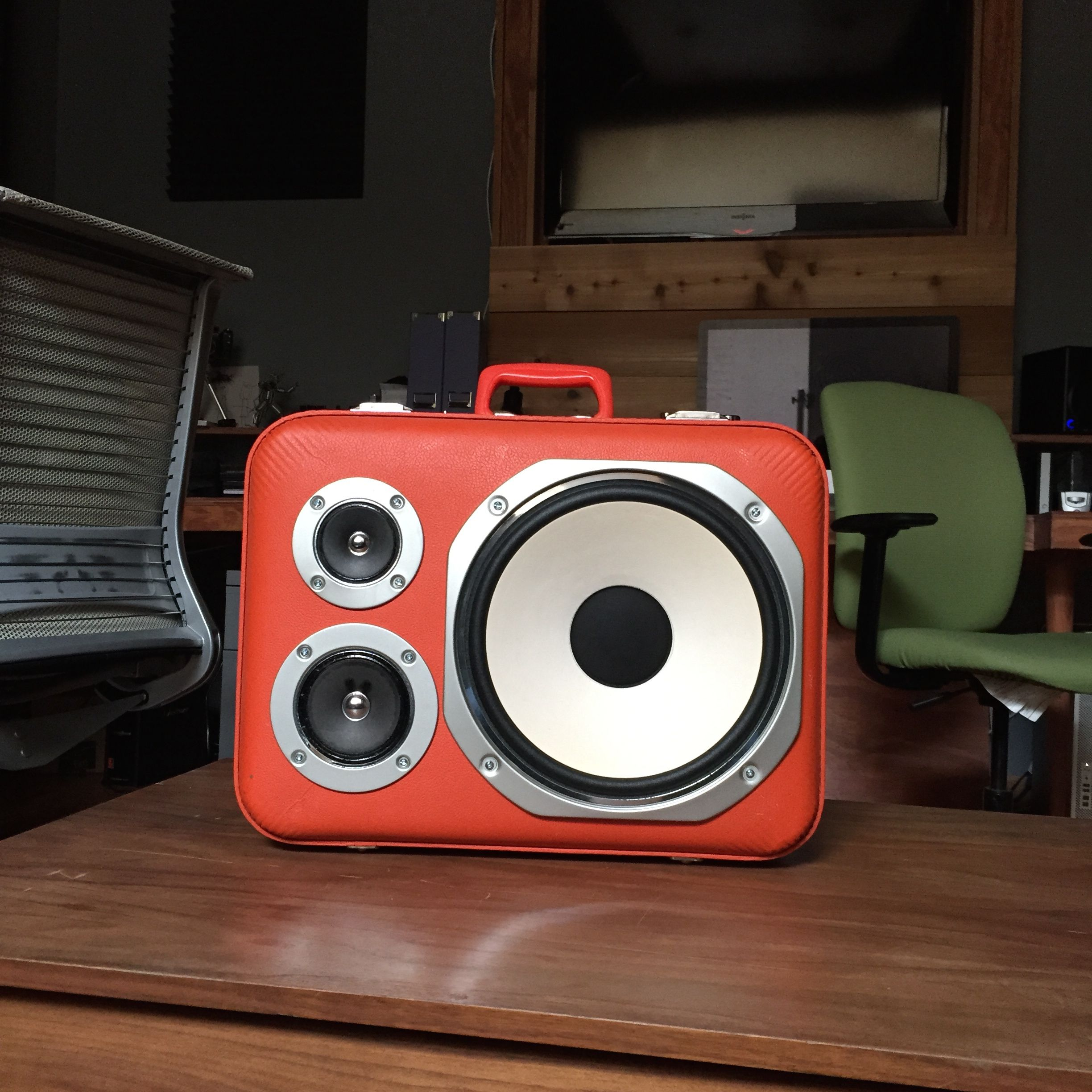 The HiFi Case - Battery powered bluetooth enabled boombox! thehificase.com