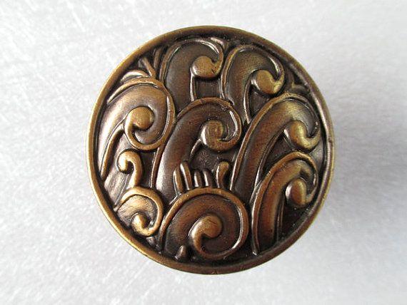 Commode boutons tiroir bouton tire boutons poignées armoires de cuisine Antique laiton / relief boutons poignée Pull bouton Vintage mobilier matériel