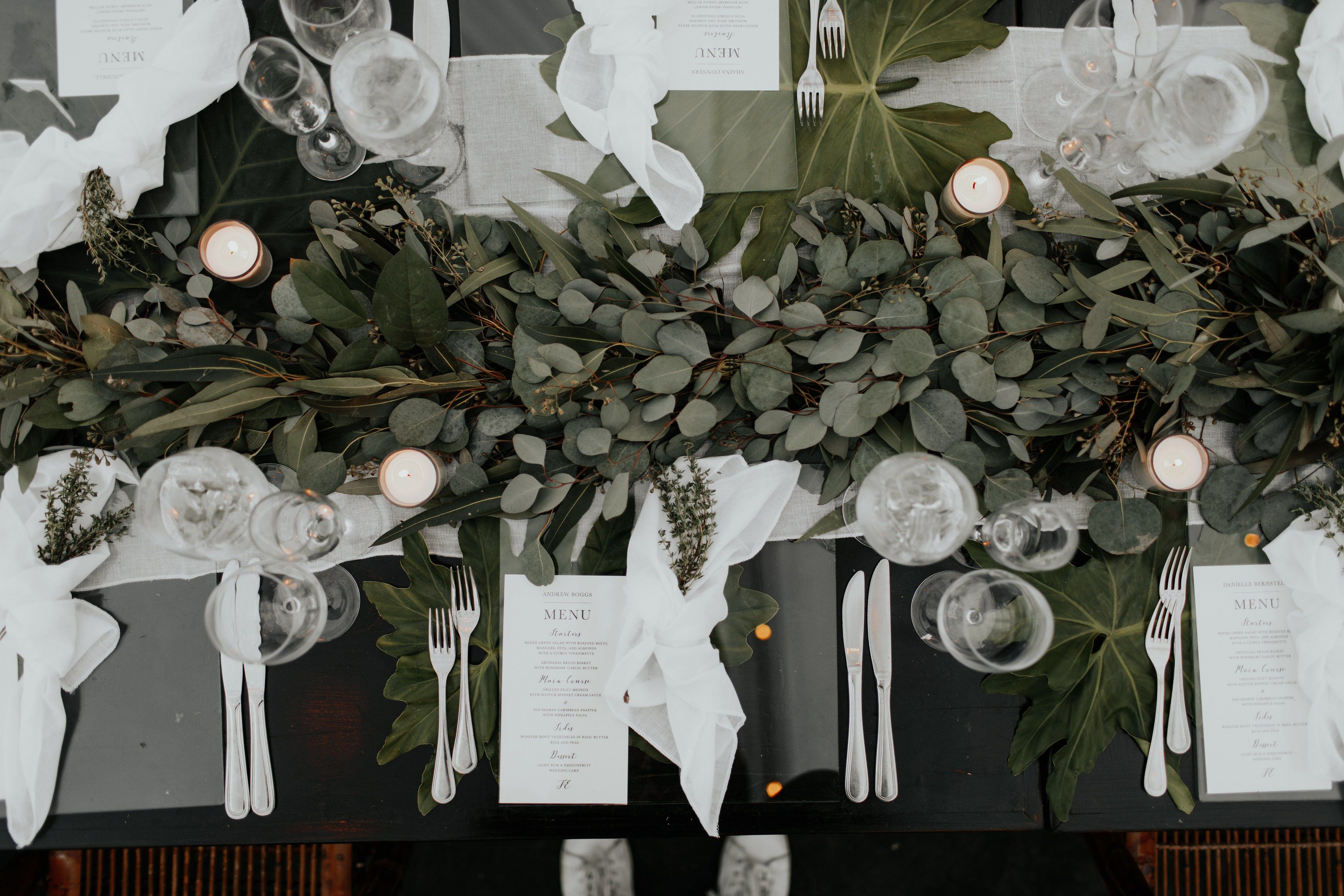 Garden wedding reception decor   Stunning Eucalyptus Wedding Decor Ideas  Fire u Lighting Wedding