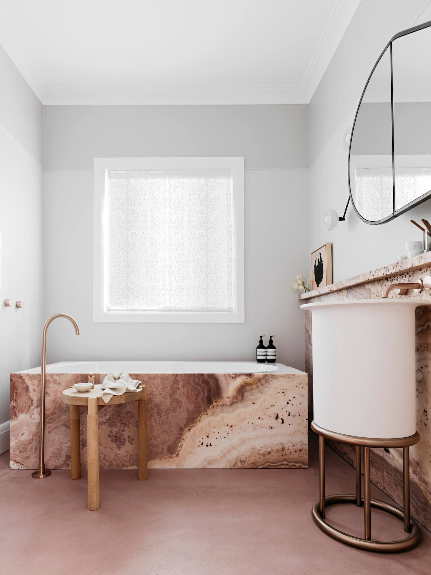 How To Create A Feminine Bathroom Interior Decor