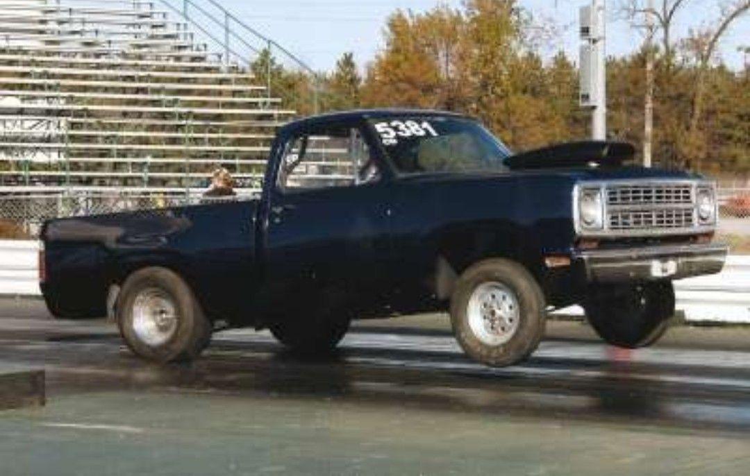 Pin By Steve Casteel On Dodge Trucks Dodge Trucks Dodge Pickup Trucks Dodge Trucks Ram