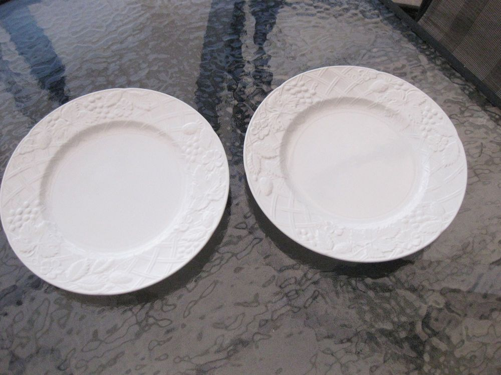 MIKASA English Countryside White Set of 2 Dinner Plates 11 1/4\  Excellent & MIKASA English Countryside White Set of 2 Dinner Plates 11 1/4 ...