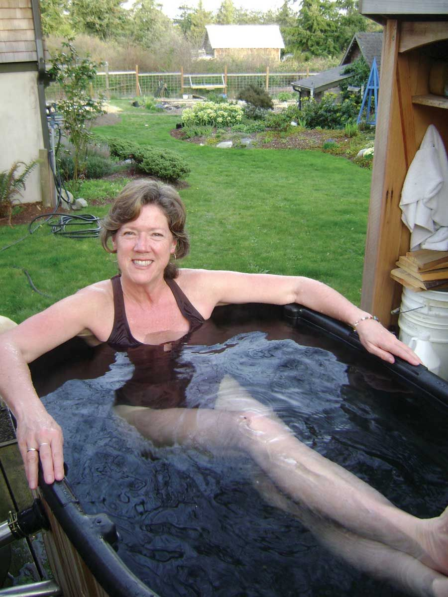 Diy hot tub diy japanese soaking tubs rubbermaid