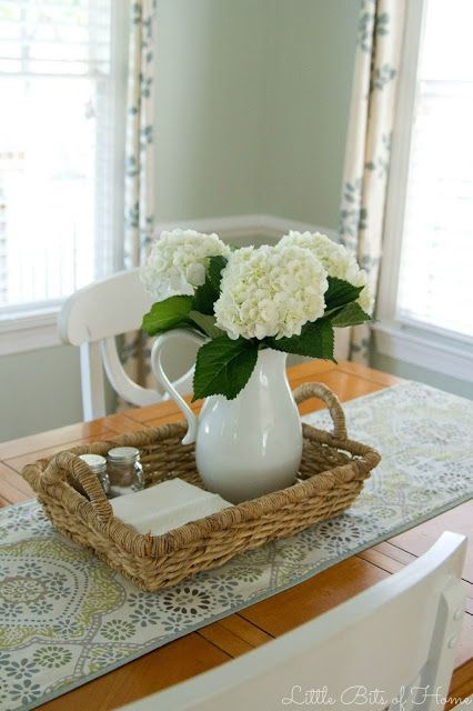 Little bits of home the clean table club pinteres for Kitchen table arrangement ideas