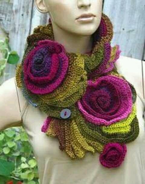 Pin de DC Lehman en Crochet Inspiration | Pinterest | Ponchos y Gorros