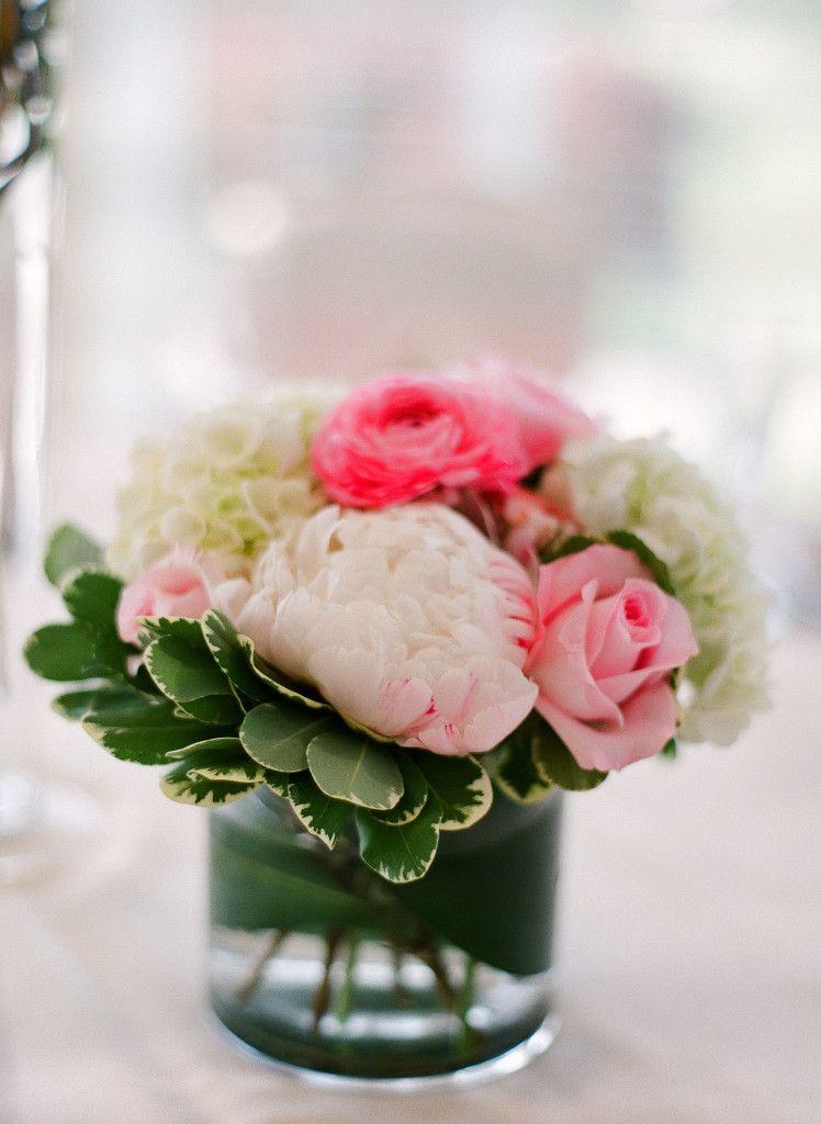 Pin By Bella Rosa On Bella Rosa Floral Designs Ranunculus Centerpiece Fall Flower Wedding Bouquets Fall Wedding Flowers