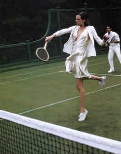 "a-state-of-bliss: "" Vogue US Nov 2003 - Elise Crombez by Arthur Elgort """