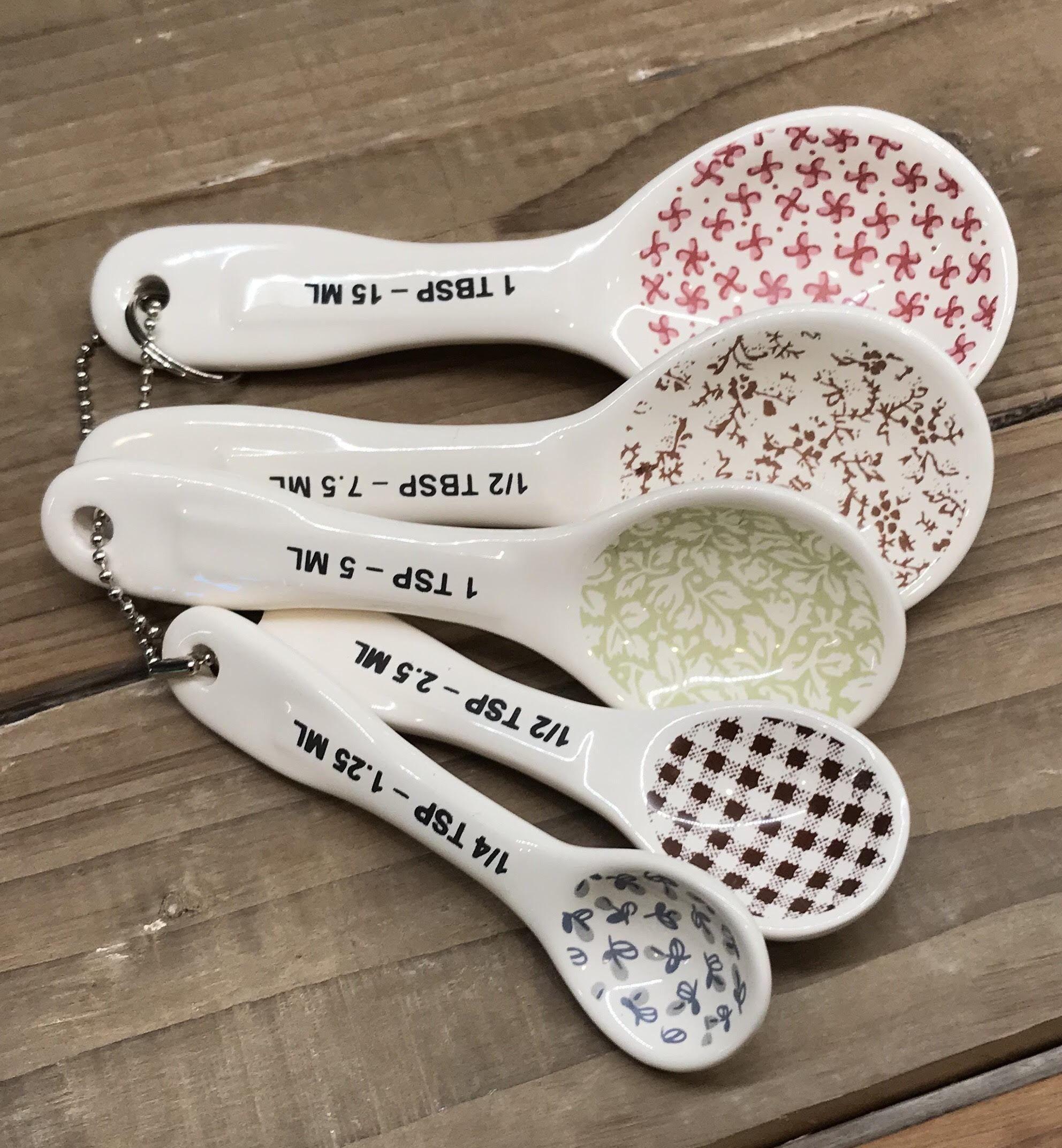 New Rae Dunn Measuring Spoons, Set of 5 Rae dunn