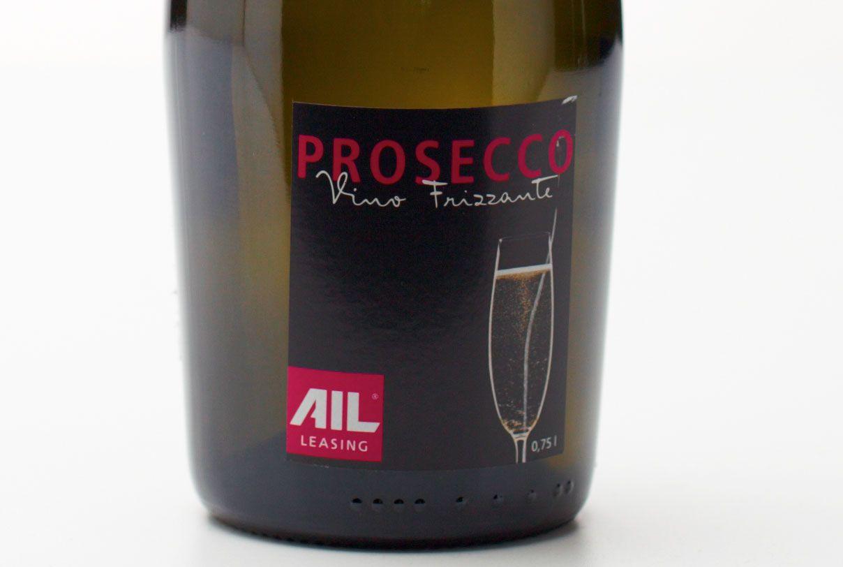 curlee Werbeagentur gestaltet Prosecco-Etikett für AIL Leasing, München