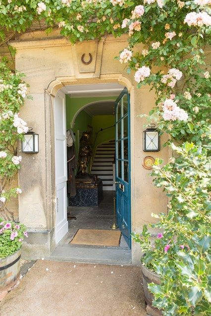 Habitually Chic® » Duchess of Devonshire Auction | Roses | Pinterest | Doors Gardens and English country decor & Habitually Chic® » Duchess of Devonshire Auction | Roses | Pinterest ...