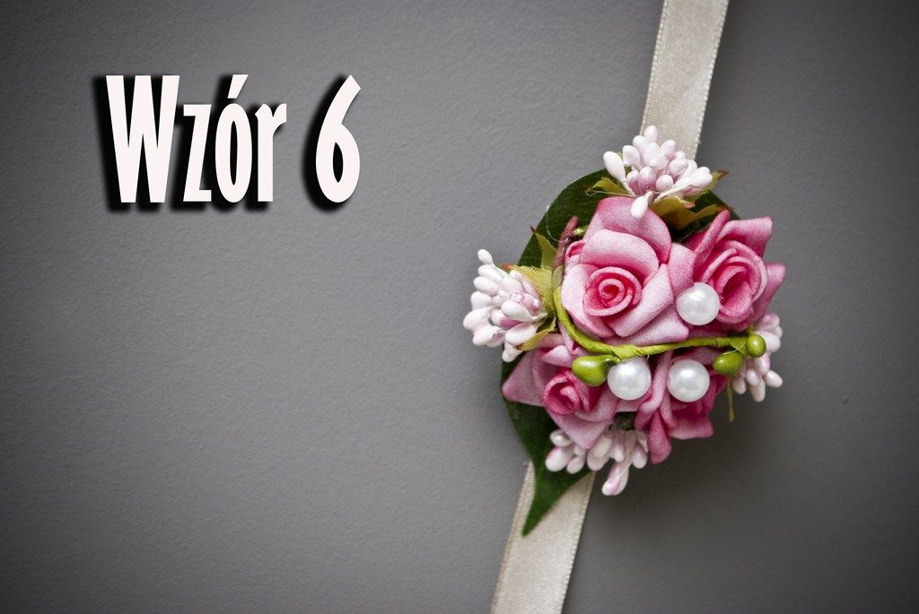 Kotyliony Bukieciki Na Reke Studniowka Bal Kolory 3682989647 Oficjalne Archiwum Allegro Floral Wreath Floral Wreaths