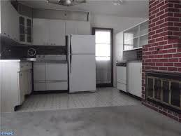 Levittown Kitchen Partially Remodeled I Loved That Door Home Buying Levittown Remodel