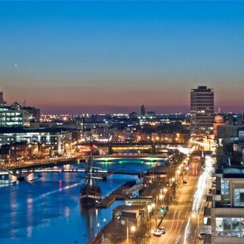 Dublin! Een bijzondere stad, van formaat! https://www.hotelkamerveiling.nl/hotels/ierland/hotel-dublin.html
