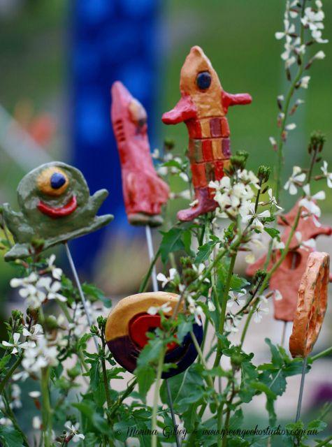 Aliens in the Outer Space garden - Woodend Primary School Kitchen Garden - a Stephanie Alexander Kitchen Garden School. #greengeckostudios #schoolkitchengarden #gardenart