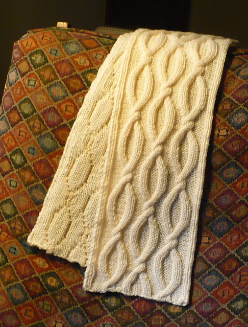 Free Pattern: Shadow Cable Scarf by Smariek | Knitting - Scarfs ...