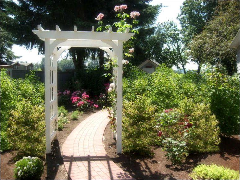arbor backyard decoration | Garden Arbor Ideas | backyard ...