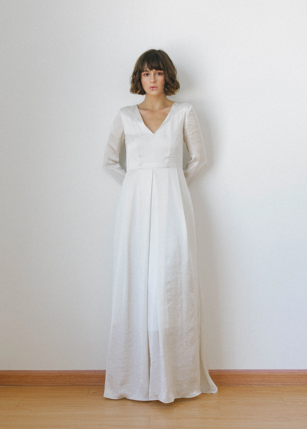 Lorette Long Sleeves Satin Wedding Dress Long Sleeve Satin Wedding Dress Dresses Long Sleeve Satin Dress [ 1399 x 1000 Pixel ]