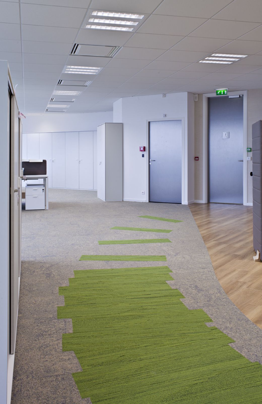 Amazing Use Of Interface Skinny Planks A Natural Bright Office Environment Floor Design Carpet Design Best Flooring