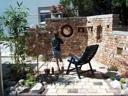 bildergebnis f r ruinenmauer aus alten abbruchziegeln garten pinterest alter gartenmauern. Black Bedroom Furniture Sets. Home Design Ideas
