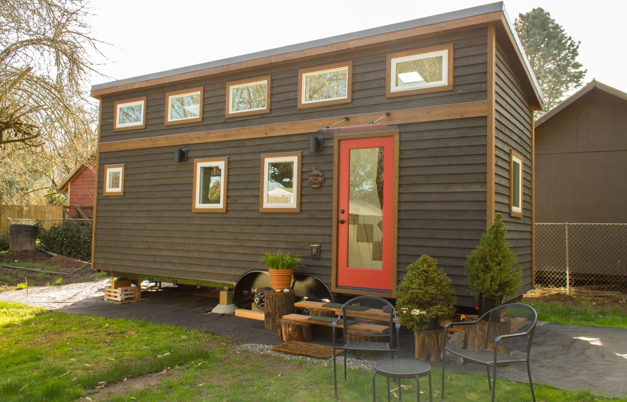 How Much Does A Tiny House Cost Tiny House Exterior Modern