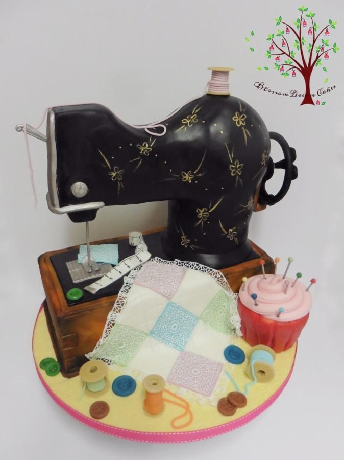 Sewing Machine by Blossom Dream Cakes - Angela Morris