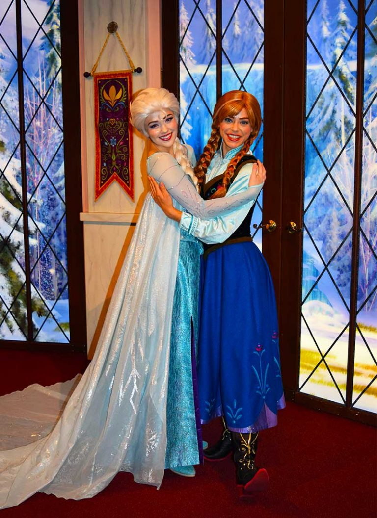 Our Royally Good Guide To Meeting Princesses At Disneyland