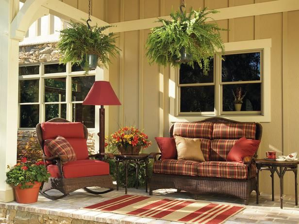 Country front porches on pinterest country porches for Outdoor patio decorating ideas on a budget