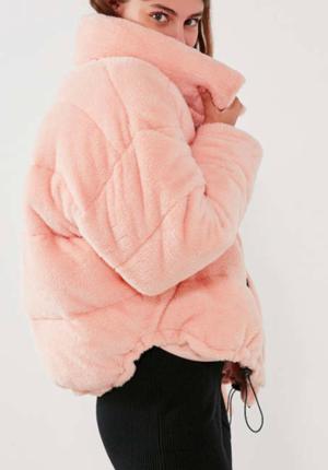 Jan 2 Puffer Coats  40 Picks   TrufflesandTrends.com   Fashion ... 2a60faf9a246