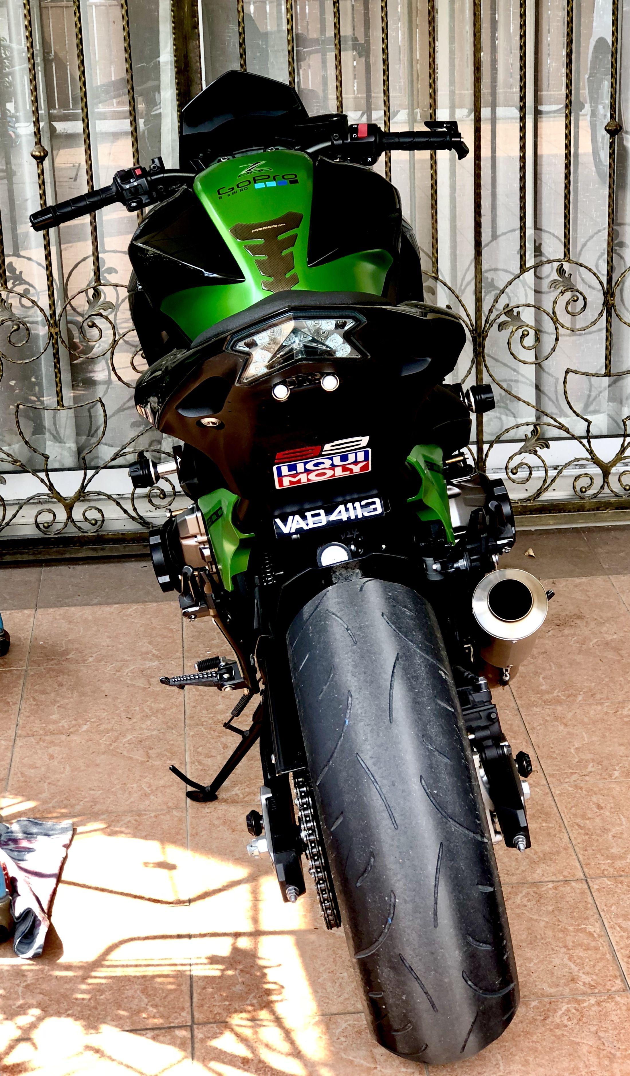 Pin de Catalyst em kawasaki z800   Motos de rua, Motos, Z750