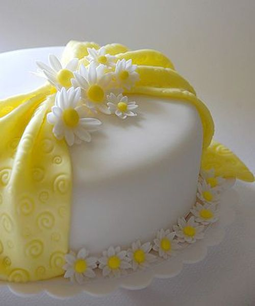 Lovely Fondant Daisy Cake Cakes Super Torte Decoration Patisserie Flowers