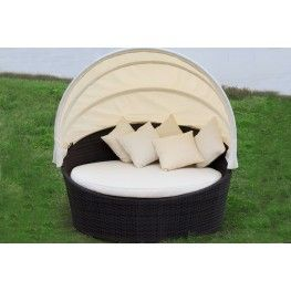 The Chelsea Daybed At 469 00 100 Waterproof
