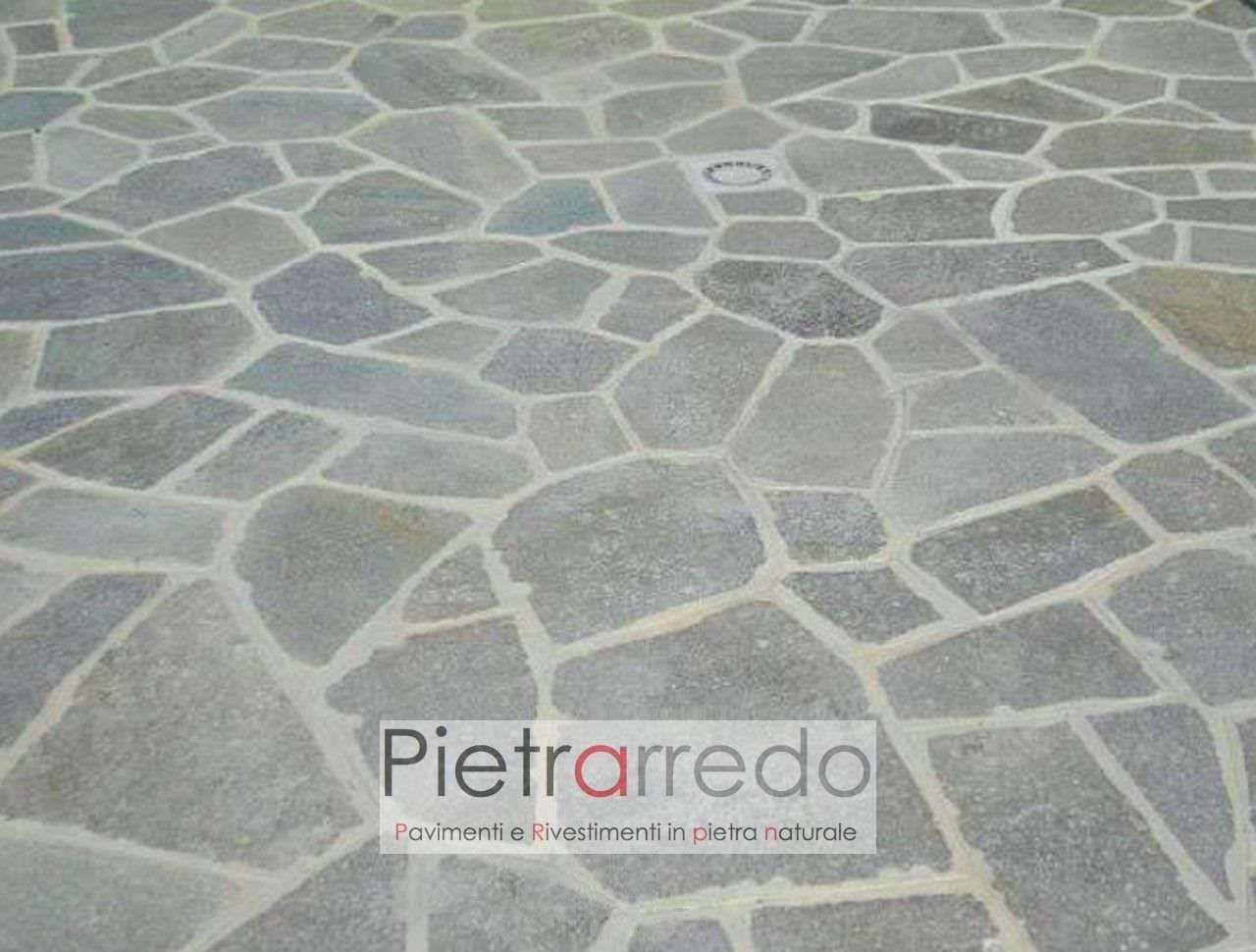 Pavimento In Pietra Naturale Luserna Mosaico Lastrame Opus Incertum Spessore 2 4cm Nel 2020 Pavimento In Pietra Pavimenti Pietre Naturali
