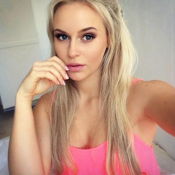 Anna Nystrom Hot Photos Hd Wallpapers Sexy Bikini Images Anna