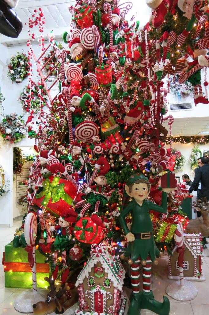 La casita de navidad abre sus puertas desde octubre - Decoracion navidena puertas ...
