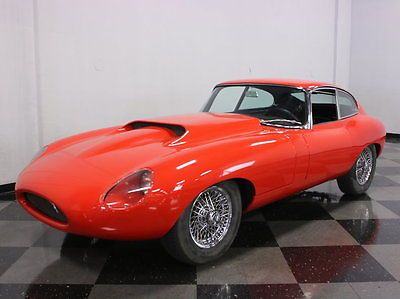 1964-Jaguar XKE / with Ford 5.0 liter crate engine