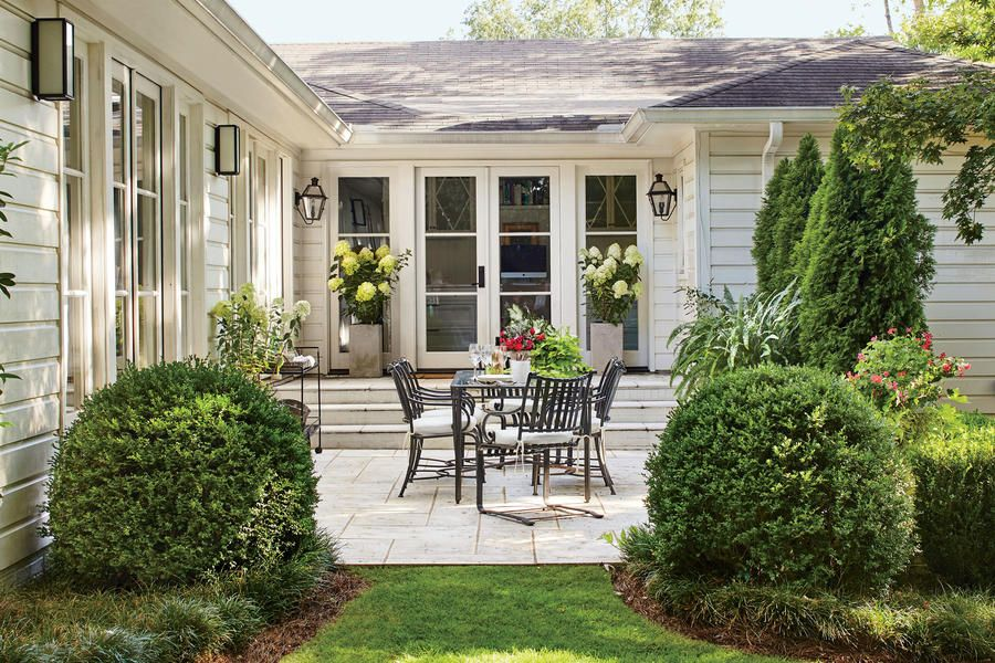 tiny porches and patios that are giving