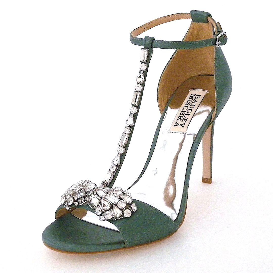 Badgley Mischka Shoes. A \