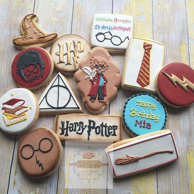 Harry Potter Cookies #harrypotter #harrypottercookies #natsweets #customcookies #sandiego