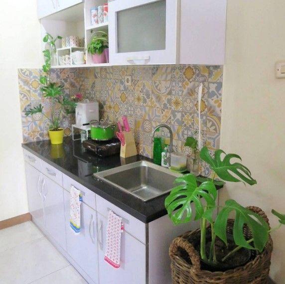 Keramik Dinding Dapur Motif Bunga