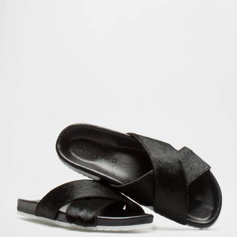 1d0934cfbf52 ... Slide Leather Sandals Blanc best price 64f87 f6698  Sandalia Bio de  pelo negro Zara Home cozy fresh cae97 9db61  Sandales ...