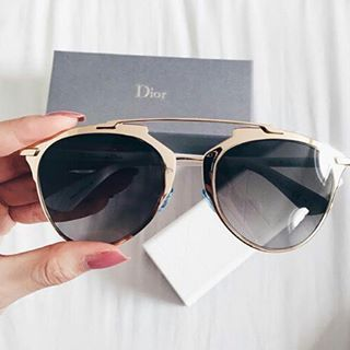 f60a2531a44b9 Ray Ban Shop on in 2019