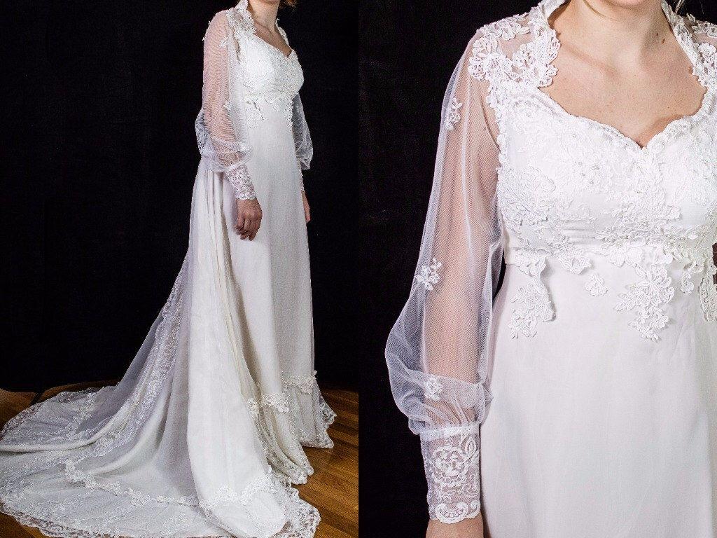 Long sleeve chiffon wedding dress  Vintage early us Wedding Dress Size  small  chiffon lace