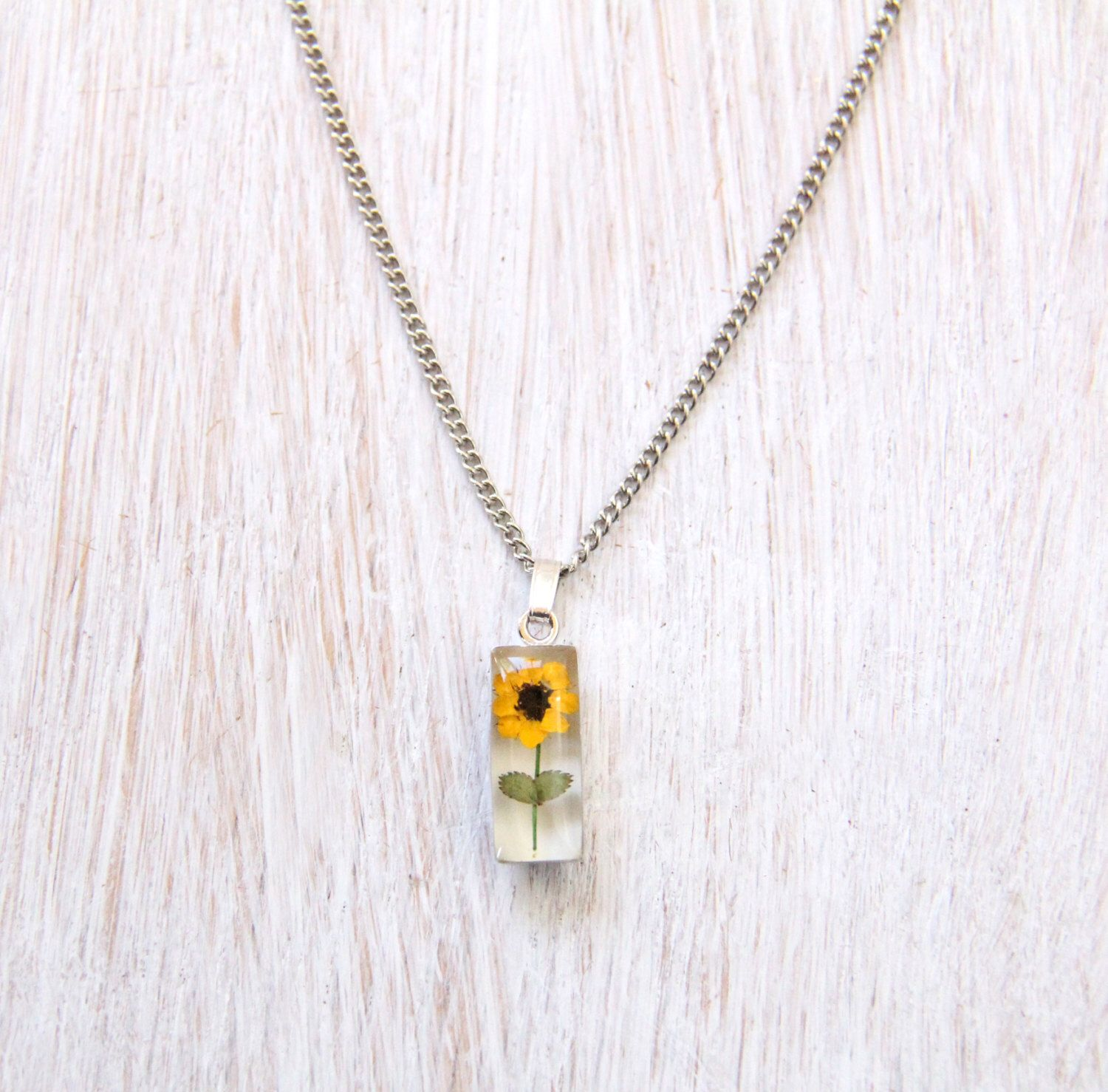 Pin By Jenni Iversen On Accessories Sunflower Necklace