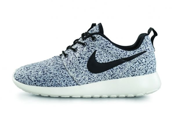 Nike Womens Course Sarcelle Roshe Menthe Taches Blanches